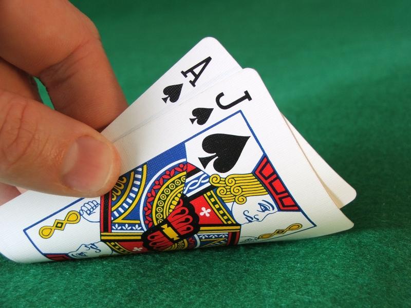 Anton tekee pokeri lapsid
