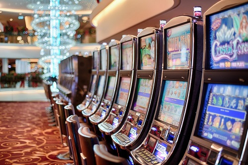 closed casinos pay employees